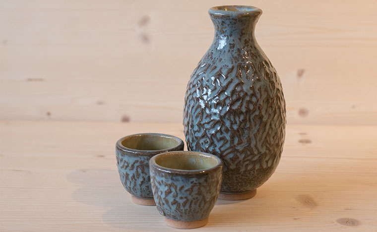 ST Pottery Sake Set
